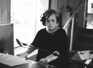 Adele 21 Booklet (3)