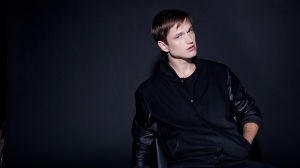 Adrian Lux Background Art (8)