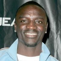 Akon Thumb (6)