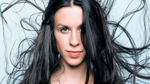 Alanis Morissette Background (9)